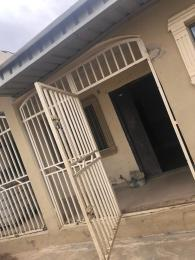 3 bedroom Blocks of Flats House for rent Golden Palace Area  Akala Express Ibadan Oyo