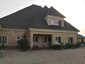 4 bedroom Detached Bungalow House for rent Pyakassa Abuja