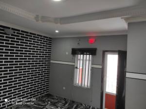 2 bedroom Blocks of Flats House for rent Pedro New garage Gbagada Lagos