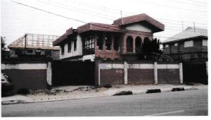 6 bedroom House for sale Adaranijo Street Off Pedro road, Palmgroove, Lagos. Palmgroove Shomolu Lagos