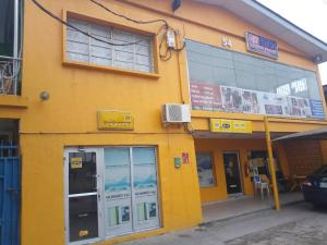 6 bedroom Detached Duplex House for sale Bode Thomas Surulere Lagos