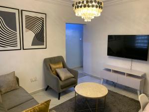 1 bedroom Flat / Apartment for shortlet 1 Dapo Bode Thomas Street, Off Maye Street, Montgomery Yaba Sabo Yaba Lagos