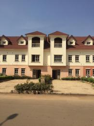 5 bedroom Terraced Duplex House for sale SHELL COOPEAST GARDEN NEXT TO MOBILE FUEL STATION.  Gaduwa Abuja