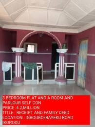 5 bedroom Detached Bungalow House for sale ILADO BUSTOP ALONG IGBOGBO ROAD  Igbogbo Ikorodu Lagos