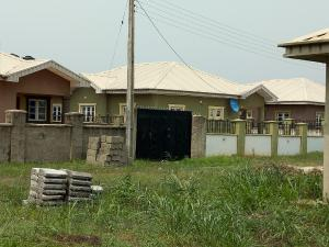 3 bedroom Detached Bungalow House for sale Mowe Ofada, Behind The Jehovah Witness Campground, Alternative Route Opposite Christopher University Off Lagos Ibadan Expressway. Mowe Obafemi Owode Ogun