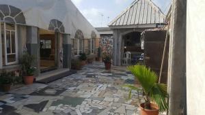 5 bedroom Commercial Property for sale Shomolu Shomolu Shomolu Lagos