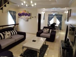 2 bedroom Flat / Apartment for shortlet Mike inegbese Ahmadu Bello Way Victoria Island Lagos