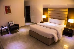 3 bedroom Penthouse Flat / Apartment for shortlet Off Adeola Odeku Adeola Odeku Victoria Island Lagos