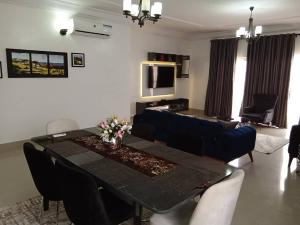 3 bedroom Self Contain Flat / Apartment for shortlet - Banana Island Ikoyi Lagos