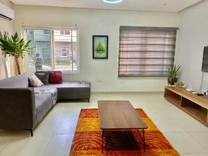 4 bedroom Self Contain Flat / Apartment for shortlet - Ikate Lekki Lagos