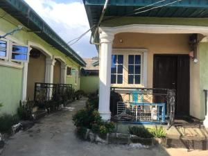 3 bedroom Blocks of Flats for sale Along Igando Road Olorunfemi Isheri Egbe/Idimu Lagos