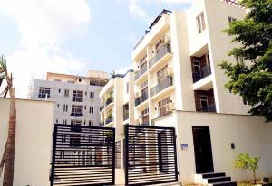 3 bedroom Self Contain Flat / Apartment for sale Banana Island Ikoyi Lagos