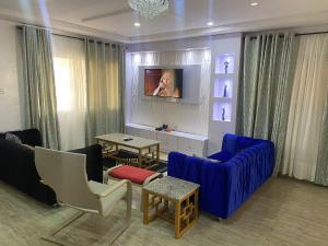 3 bedroom Self Contain Flat / Apartment for shortlet ONIRU Victoria Island Lagos