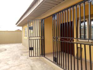 3 bedroom Shared Apartment Flat / Apartment for rent Magboro Obafemi Owode Ogun