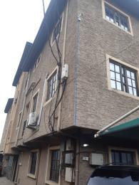 3 bedroom Flat / Apartment for rent oguntolu Street  Shomolu Shomolu Lagos