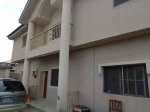 3 bedroom Flat / Apartment for rent Off adekunle kuye by adelabu Adelabu Surulere Lagos