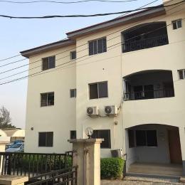 3 bedroom Flat / Apartment for sale Off Herbert Rd Yaba Lagos