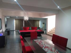 4 bedroom Self Contain Flat / Apartment for shortlet ONIRU Victoria Island Lagos