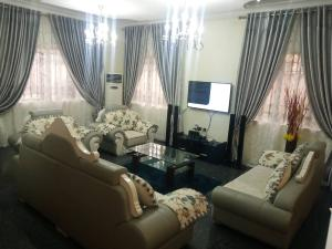 4 bedroom Self Contain Flat / Apartment for shortlet VGC Lekki Lagos