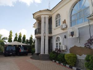 5 bedroom Detached Duplex House for sale VIA MAITAMA EXTENSION  Mpape Abuja