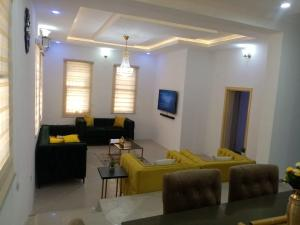 5 bedroom Terraced Duplex for sale Oniru Estate ONIRU Victoria Island Lagos