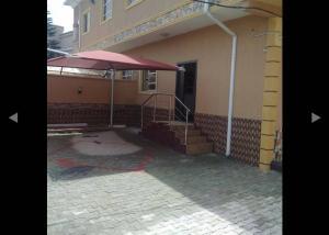 6 bedroom Semi Detached Duplex House for sale Shomolu Shomolu Lagos