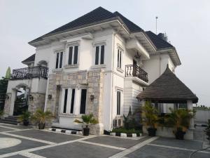 6 bedroom Detached Duplex House for sale Shell cooperative estate Eliozu Port Harcourt Rivers