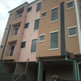 1 bedroom mini flat  Flat / Apartment for rent off lawanson road, lawanson Lawanson Surulere Lagos