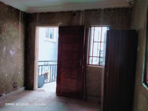 1 bedroom Self Contain for rent Y Magodo GRA Phase 1 Ojodu Lagos