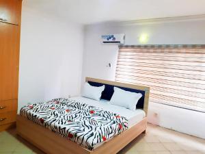 1 bedroom Shared Apartment for shortlet 51 Oluwaleimu Street, Allen Avenue Allen Avenue Ikeja Lagos