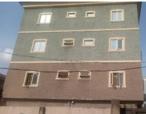 2 bedroom Flat / Apartment for rent Borno Way  Alagomeji Yaba Lagos