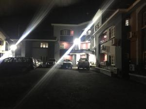 1 bedroom Mini flat for rent Mende Maryland Lagos