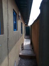 1 bedroom mini flat  House for rent Off Alimosho road, Akowonjo Alimosho Lagos