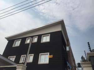 Self Contain Flat / Apartment for rent Brown  Akoka Yaba Lagos