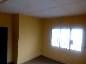 1 bedroom mini flat  Self Contain Flat / Apartment for rent Oyeguwa street, Oshodi Lagos Arowojobe Oshodi Lagos
