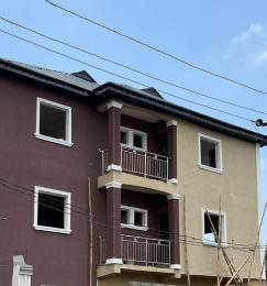 1 bedroom Mini flat for rent Folagoro Area Fola Agoro Yaba Lagos