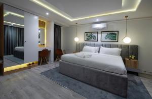 1 bedroom mini flat  Self Contain Flat / Apartment for shortlet Admiralty Road Lekki Phase 1 Lekki Lagos
