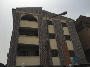 Self Contain Flat / Apartment for rent Alagomeji  Alagomeji Yaba Lagos