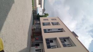 3 bedroom Blocks of Flats House for sale Adeniyi Jones  Adeniyi Jones Ikeja Lagos