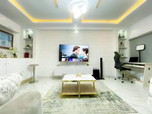 1 bedroom mini flat  Flat / Apartment for shortlet chevron Lekki Lagos