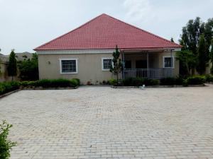 3 bedroom Detached Bungalow House for sale Shinko Junction, Mazaram Topp, Little Rayfield Jos South  Jos South Plateau