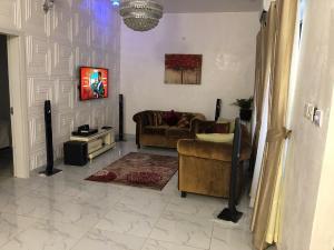 4 bedroom Terraced Duplex House for shortlet Lekki Conservation Centre Road, Lekki Lagos