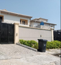 5 bedroom Semi Detached Duplex House for rent Lekki Right, 2nd Roundabout Lekki Phase 1 Lekki Lagos