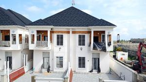 4 bedroom Semi Detached Duplex for sale Conservation Drive chevron Lekki Lagos