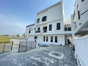 5 bedroom Detached Duplex House for sale  2nd toll gate, Lekki, Lagos 2nd toll gate, Lekki, Lagos. Lekki Lagos