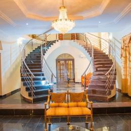 5 bedroom Detached Duplex House for shortlet Victoria Island Lagos