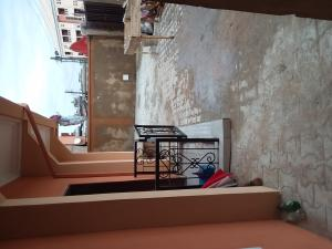 3 bedroom Shared Apartment Flat / Apartment for rent Omilani Str,  Aguda Surulere Lagos
