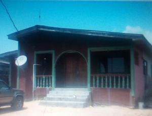4 bedroom Massionette House for sale Opposite ShopRite Sango tedo Ajah Sangotedo Lagos
