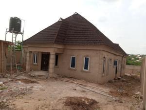 4 bedroom Detached Bungalow House for sale Behind Lariken Schools Olonde Ologuneru Eleyele Ibadan Oyo