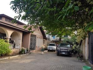 7 bedroom Detached Bungalow House for sale Crystal Estate Ilupeju Bye pass Ilupeju Ilupeju Lagos